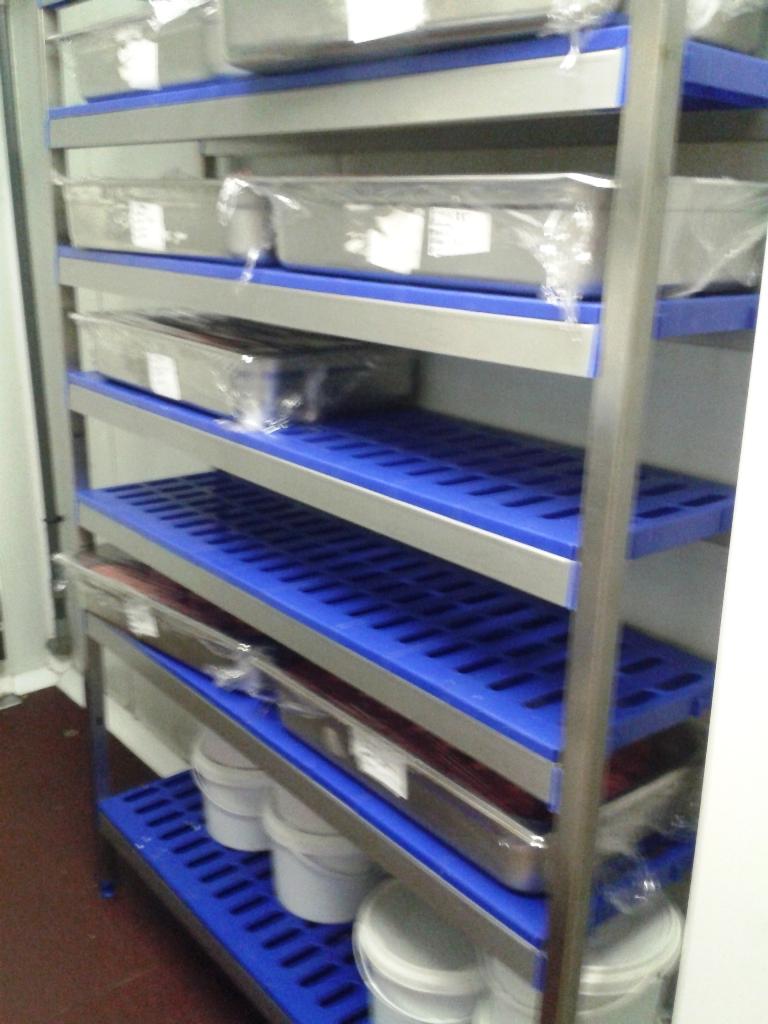 Estantes Para Baños Acero Inoxidable:Estanterias de acero Inoxidable con estante de polipropileno