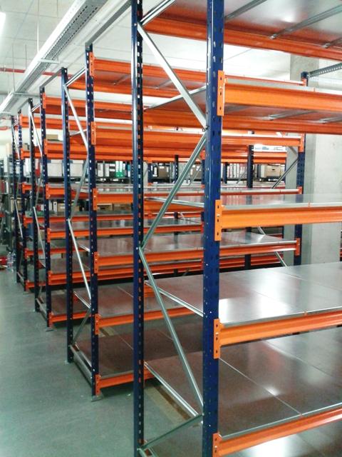 Estanterias metalicas de media carga para almacenes - Estanterias metalicas de pared ...