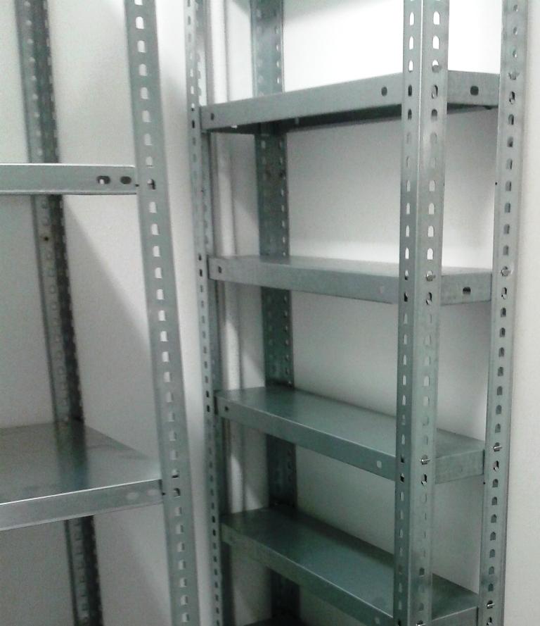 estanterias metalicas con tornillos y estanterias metalicas sin tornillos