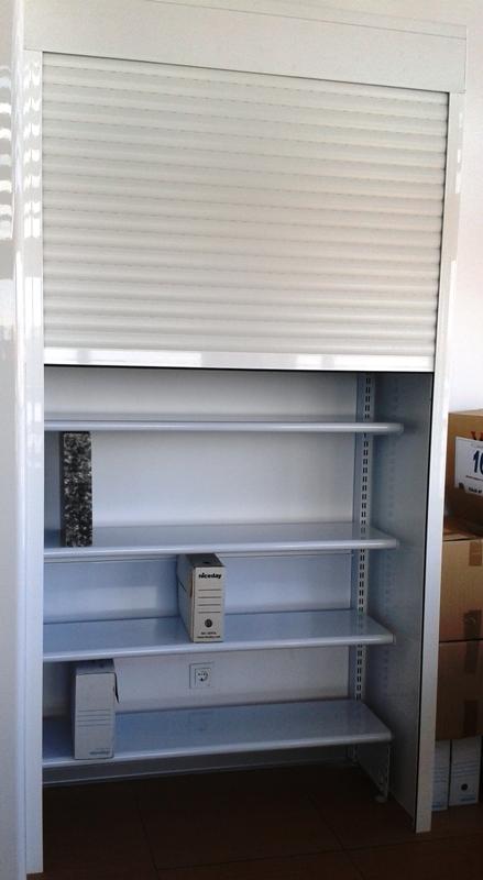 Estanterias metalicas para material de oficina - Estanterias con puertas correderas ...