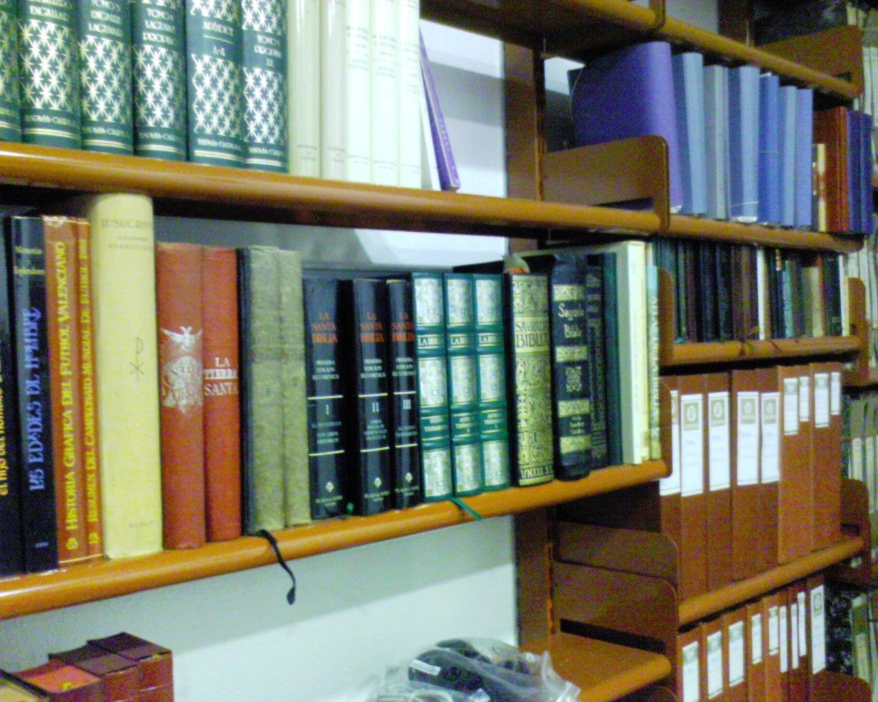 Estanterias metalicas para libros estanterias met licas esme - Estanterias de diseno para libros ...