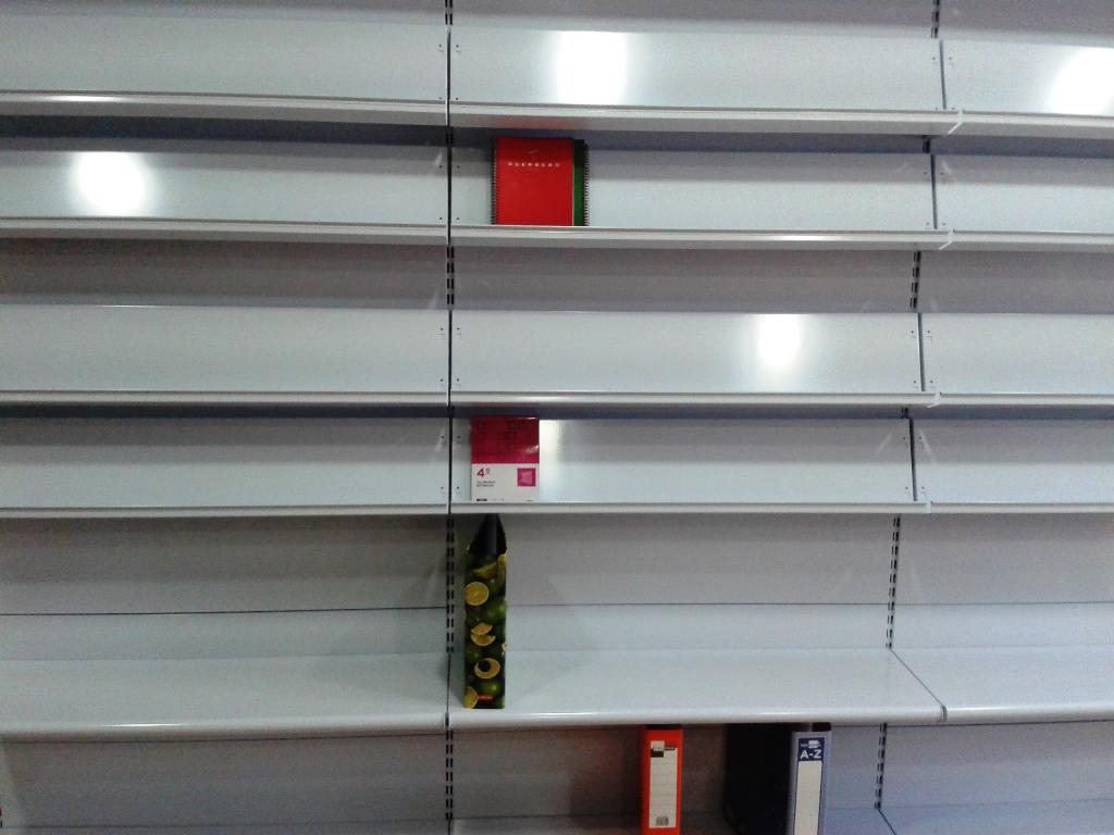 Estanterias para despensas good estanterias para - Estanterias para despensas ...