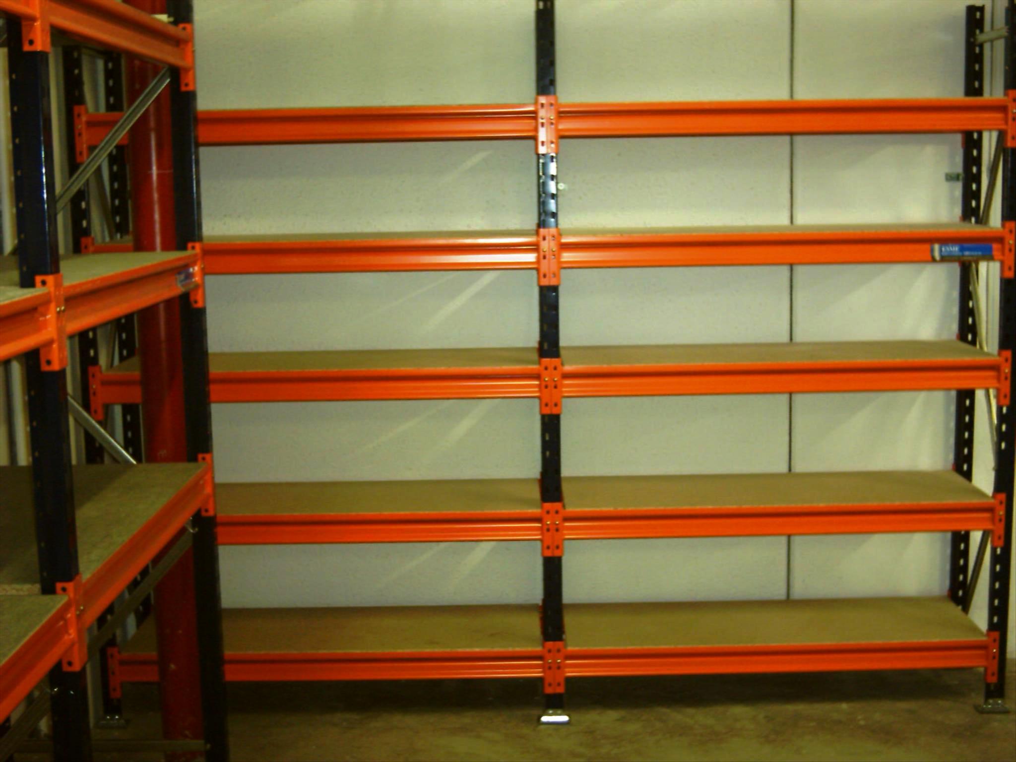 Estanterias metalicas de media carga con estante de tablero ...