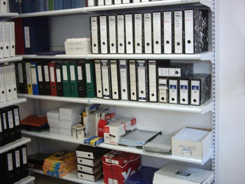 Estanterias metalicas para material de oficina - Estanterias de pared infantiles ...