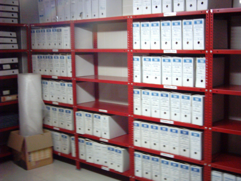 Estanterias metalicas de angulo ranurado | estanterias metálicas ESME